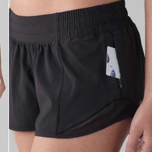 Lululemon Black Hottie Hot Built in Short Size 12